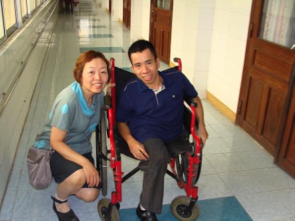 生きるチャンスを!アジアの子どもたちに、医療の進んだ日本 ...
