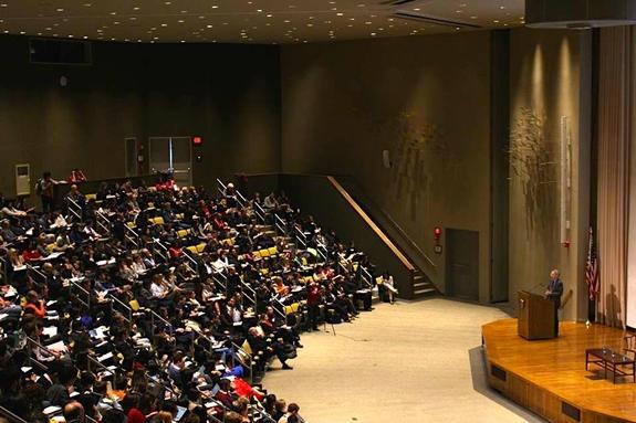 ハーバード社会起業大会2015の大講堂