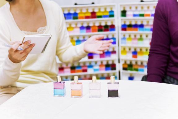 オーラソーマでは色の持つエネルギーが心や体に大きく影響すると考えられている