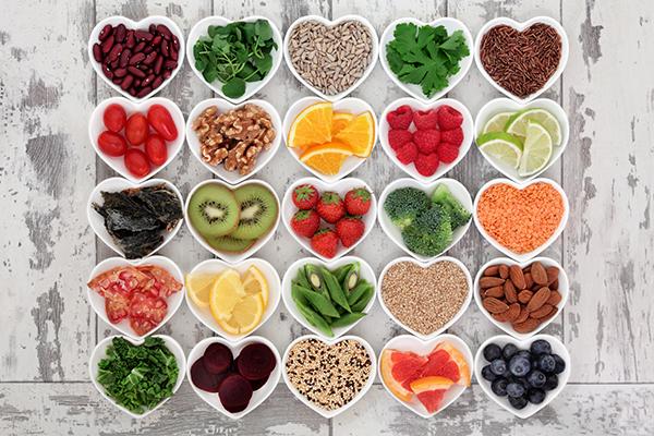 様々な食品が健康に影響