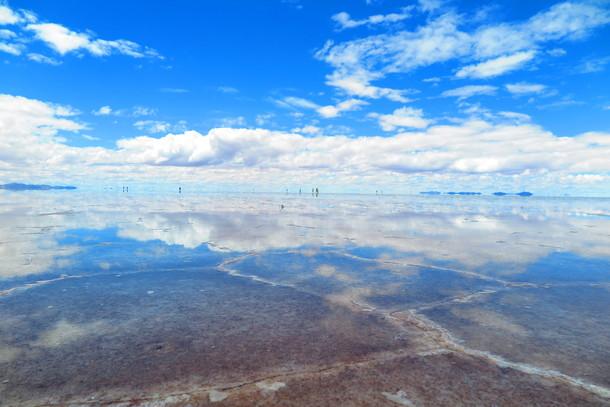 汚れゆくウユニ塩湖。