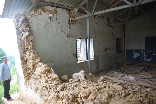 ジャタナ高校の被害状況