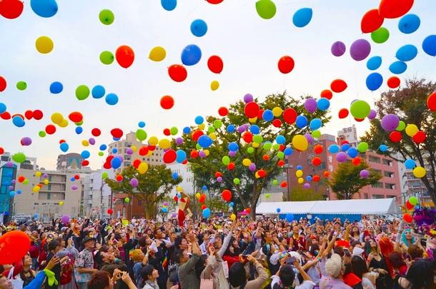 虹色どまんなかパレード