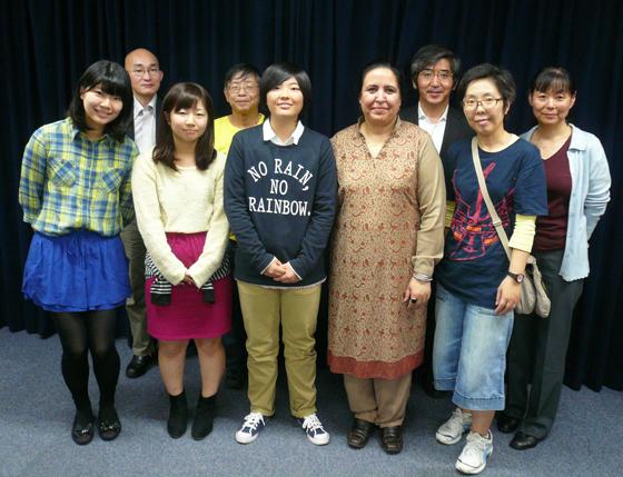 大阪講演終了後、ゲストのナズさんと記念写真