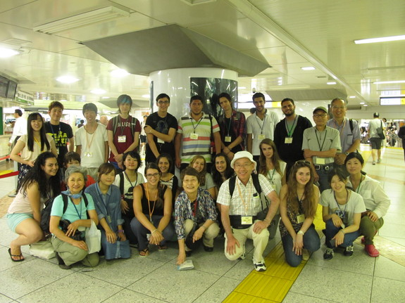 2013年『平和の架け橋 in 東北』の集合写真
