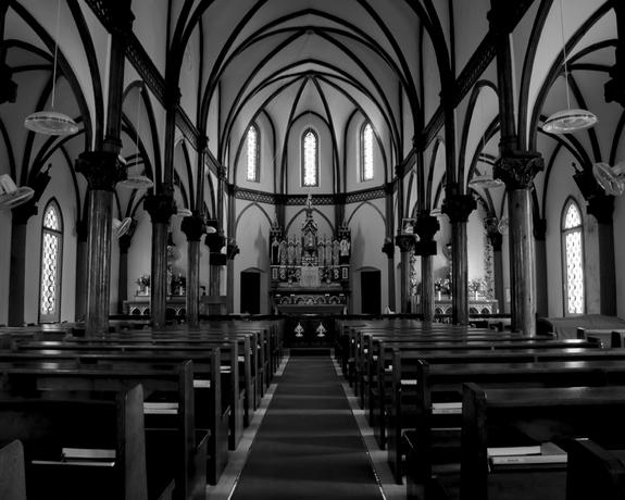 名棟梁鉄川與助によって設計施工された青砂ヶ浦教会。 国指定重要文化財