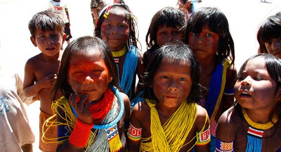 カヤポ族の子どもたち