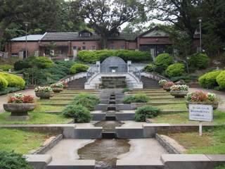 元町公園とジェラール水屋敷