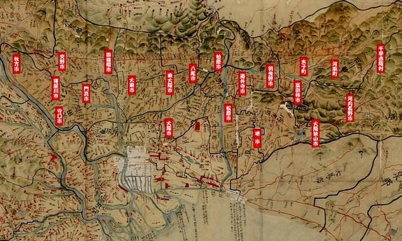 川中家秘蔵の河内絵図に、現都市の位置を表示