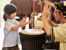 福岡と関西の保育園や福祉作業所でアフリカ音楽の体感イベントを