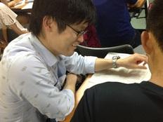 川崎市の貧困家庭で育つ中学生に安心の居場所をつくる!