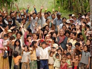 カンボジア「伝統の森」に水車を設置し、電力自給を目指したい