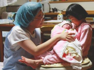 """仙台で800人の赤ちゃんの命を繋いだ""""とも子助産院""""を復旧したい"""