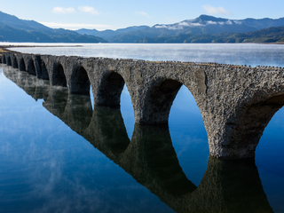 北海道の山中で消え行くコンクリートアーチ橋の記録をZINEに!