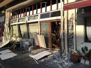 熊本地震で倒壊したカフェを再開し地元の憩いの場を復活させたい