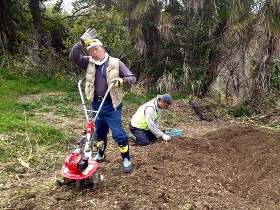 超高齢化の島・宮城県網地島の休耕地を開墾し、農業から元気に!
